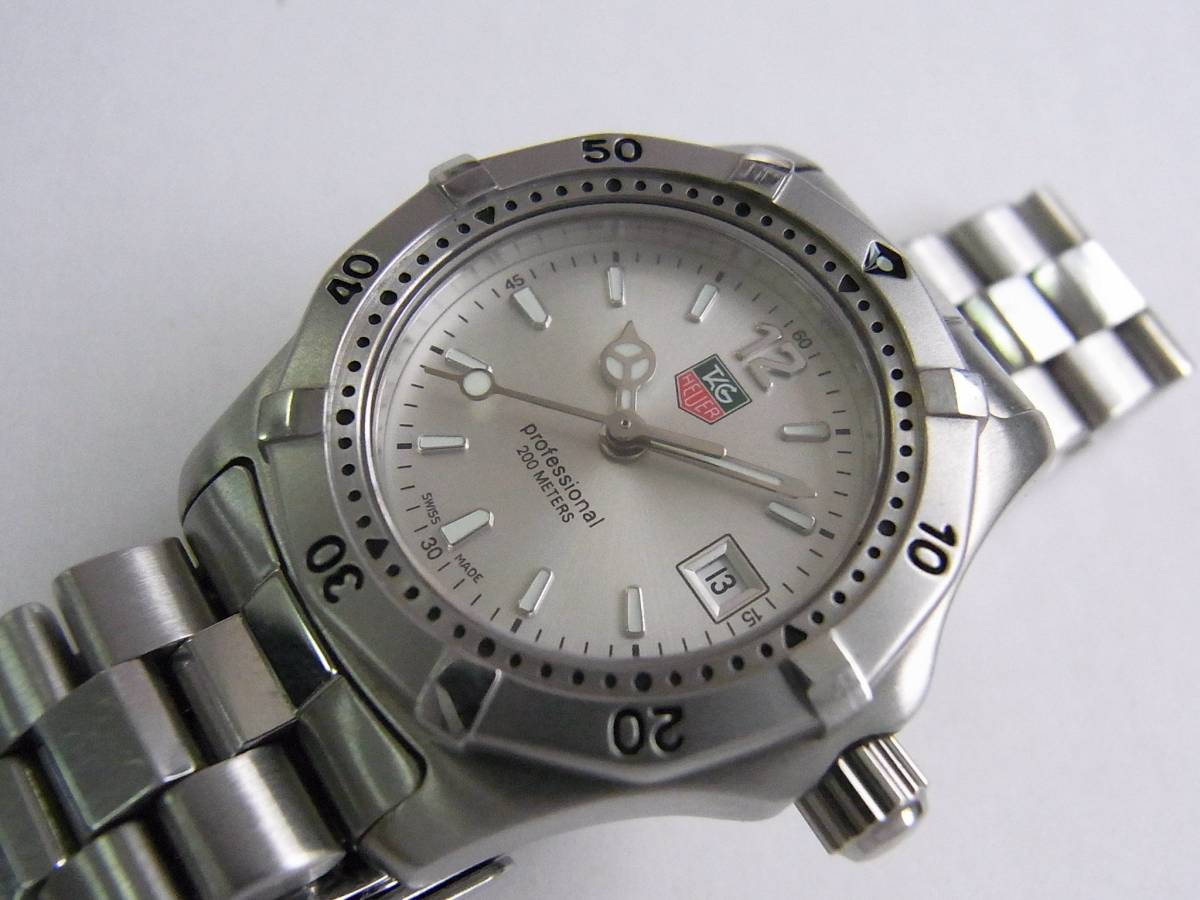 pre owned tag heuer professional 2000 series watch 32 for sale timepeaks. Black Bedroom Furniture Sets. Home Design Ideas
