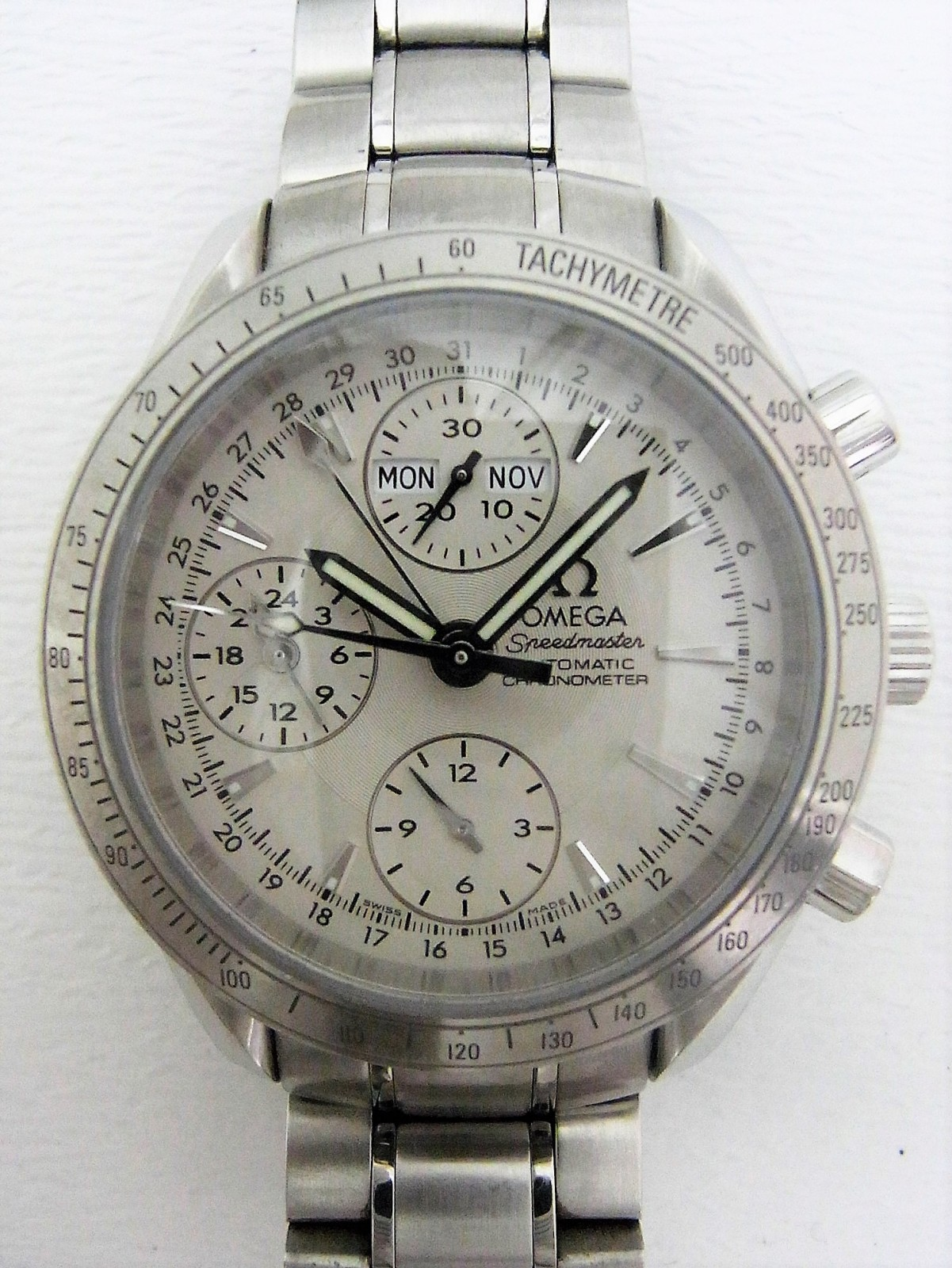 83e207431df Omega Speedmaster Daydate 3221.30 relógio usados (€384) - Timepeaks