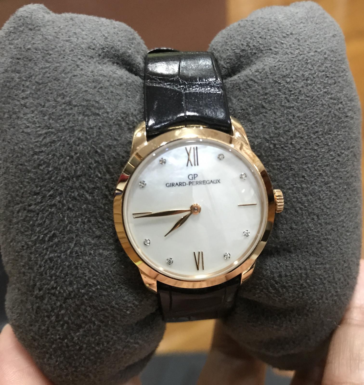 Zegarek na zegarek Girard Perregaux