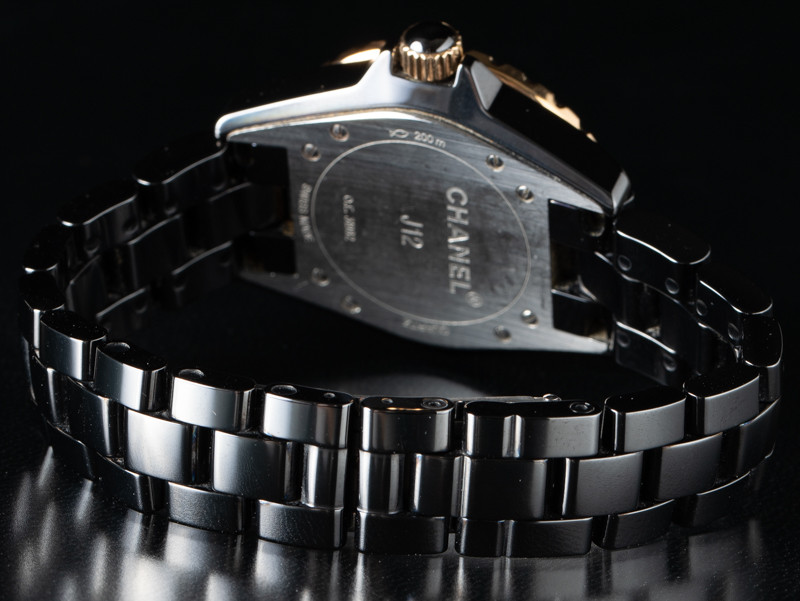 pretty nice a0073 7f246 Montres Chanel J12 H2543 d'occasion (€2,818) - Timepeaks